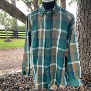 Roundtree & Yorke gold green plaid button down